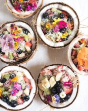Coconut-Shell-Smoothie-Bowls