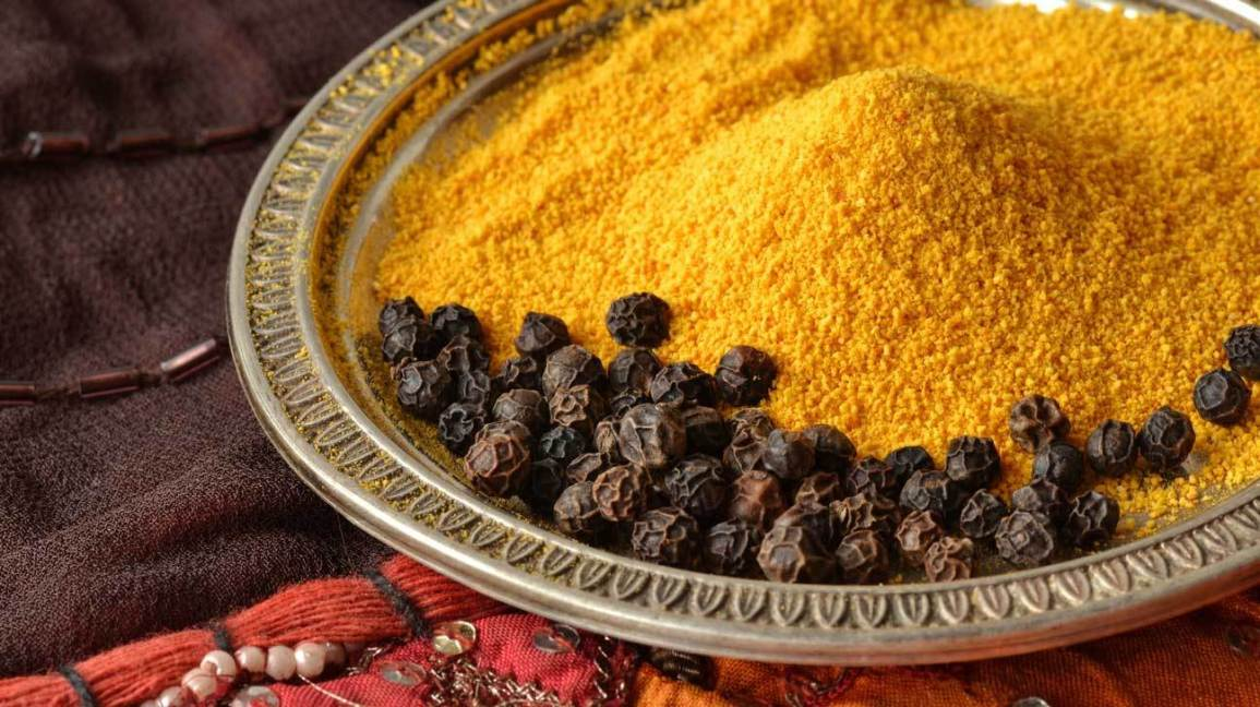 turmeric-and-black-pepper-1296x728-feature